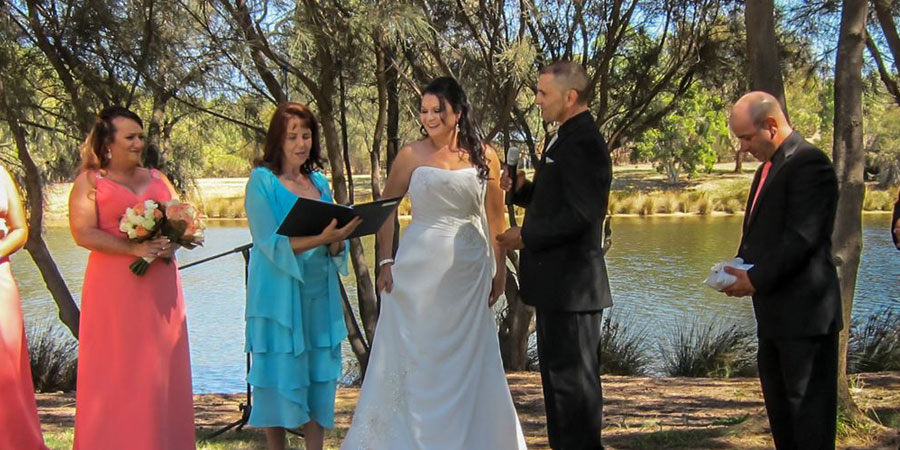 Marriage Celebrant Welshpool, Civil Celebrant Perth, Renewal of Vows Rivervale